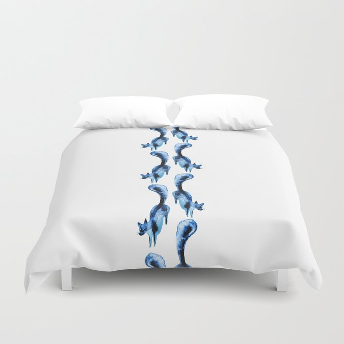 Running silver foxes Duvet Cover