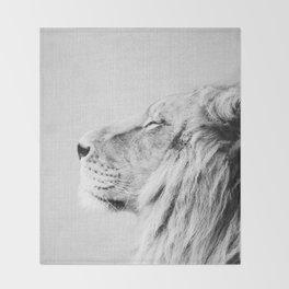 Lion Portrait - Black & White Throw Blanket