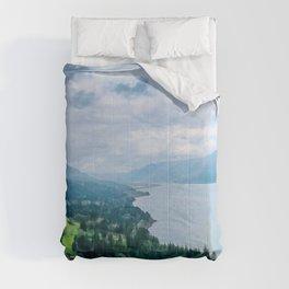 Columbia River Gorge, Washington State, USA Comforters