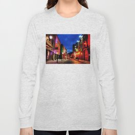 temple bar Long Sleeve T-shirt