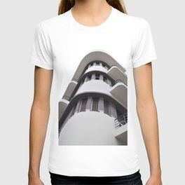 Bauhaus style rounded corners T-shirt