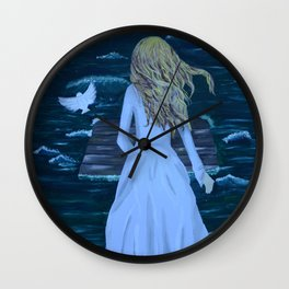 Untidaled Wall Clock