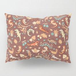 Autumn Geckos in light brown Pillow Sham