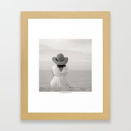 Face à rien Framed Art Print