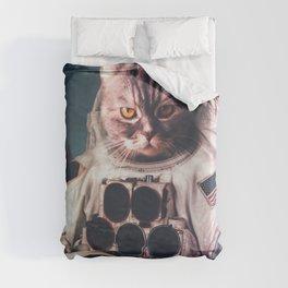 Beautiful cat astronaut Duvet Cover