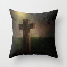 Im Licht Throw Pillow