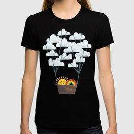 Hot cloud balloon - sun and rainbow T-shirt