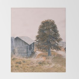 The cabin and the tree Throw Blanket