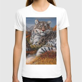 Leopard Mother And Cub In Pasture Ultra HD T-shirt