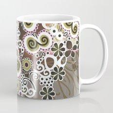 Diagonal flower – brown and olive green fiber Mug