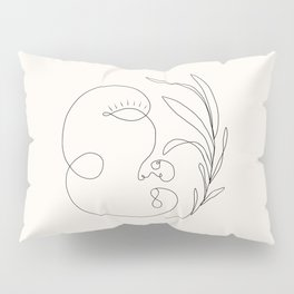 Abstract femme, pearl Pillow Sham