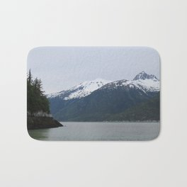 Looking Over Smugglers Cove Bath Mat