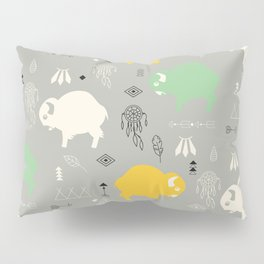 Seamless pattern with cute baby buffaloes and native American symbols, gray Pillow Sham