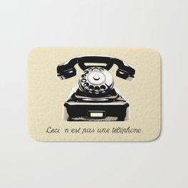 Ceci N'est Pas Une Téléphone. Bath Mat