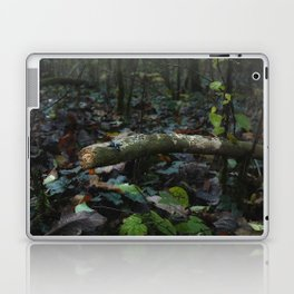 Little people: Alone in the forest Laptop & iPad Skin