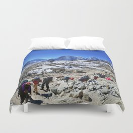 Trekking in Himalaya. Group of hikers  with backpacks   on the trek in Himalayas, trip  to the base  Duvet Cover