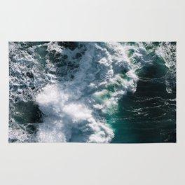 Crashing ocean waves - Ireland's seascapes at sunset Rug