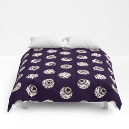 the big brother watches. eye pattern Comforters