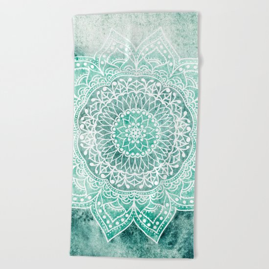 DEEP MINT MANDALA Beach Towel
