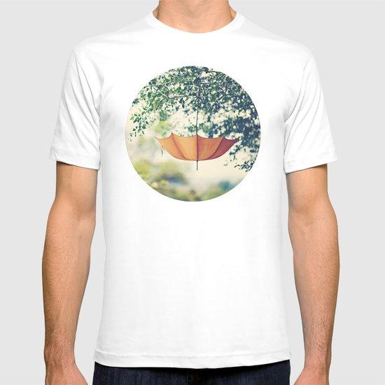 Orange Umbrella  T-shirt