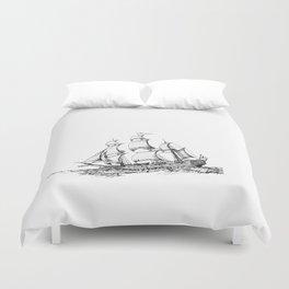 sailing ship . Home decor Graphicdesign Duvet Cover