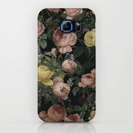 Vintage Roses and Iris Pattern - Dark Dreams iPhone Case