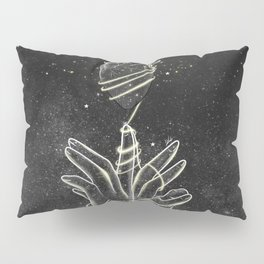 The strings of our heart. Pillow Sham