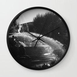 la fontaine de jouvence Wall Clock