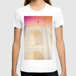 Morning Light at Taj Mahal T-shirt