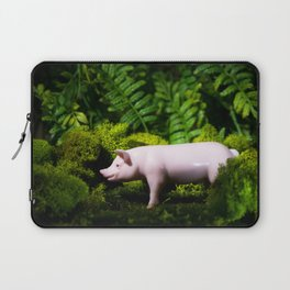 A pig in the woods Laptop Sleeve