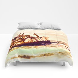 shipwreck aqrels Comforters