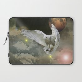 New Worlds -Coming Home Laptop Sleeve
