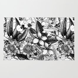 Black And White Tropical Flower Pattern Rug