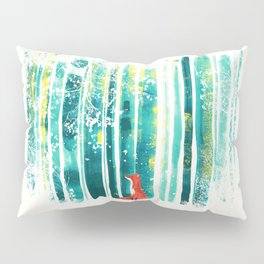 Fox in quiet forest Pillow Sham