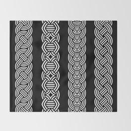 Borre Style Ornament V Throw Blanket