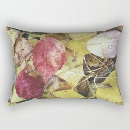 Rainy leaves. Retro Rectangular Pillow