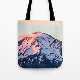 Mount Shasta Sunset Glow Tote Bag