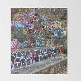 Graffiti in the wild Throw Blanket