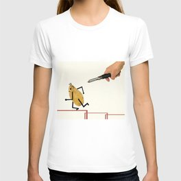 Potatoes fleeing the vegetable peeler. T-shirt