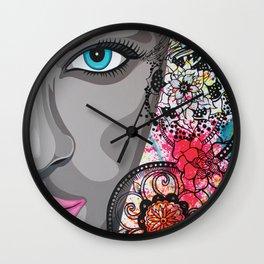 Tatoue moi Wall Clock