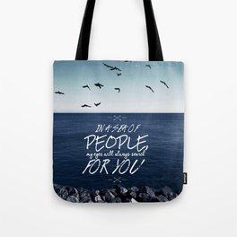 Sea of people Tote Bag