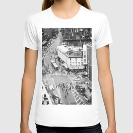 Street people in New York T-shirt