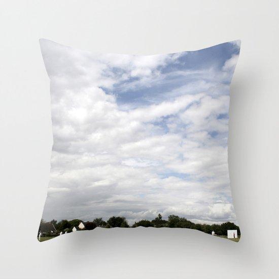 Cricket Bedfield England Throw Pillow