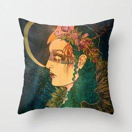 Morrigan: The Phantom Queen Throw Pillow