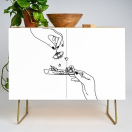 How to roll up your sadness? Credenza