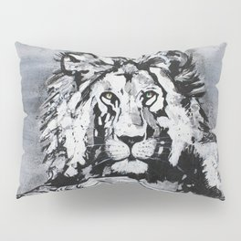 The Lion on The Rock Pillow Sham