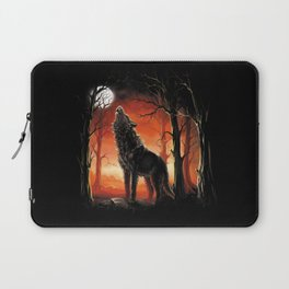 Howling Wolf at Sunset Laptop Sleeve