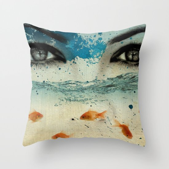 tear in the ocean Throw Pillow