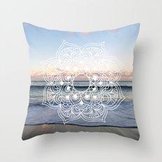 Flower shell mandala - shoreline Throw Pillow