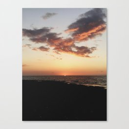 Waiting for the flash Canvas Print